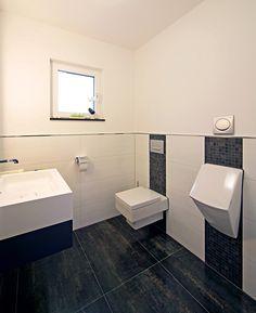 Perfekt Musterhaus Erlangen | Gäste WC | Fertighaus | Plusenergiehaus | Satteldach  Und Pultdach Kombiniert