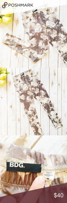 Urban Outfitters    BDG    Rose Leggings ★ Excellent Condition, tag is coming un-stitched on one side ★ Reasonable Offers Accepted  ★ Measurements Available Upon Request, as they fit smaller than a medium (hence why listed a small) ★ NO TRADES ★ NO MODELING (EREE) Urban Outfitters Pants Leggings
