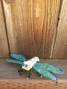 Wine Cork Projects, Wine Cork Crafts, Wine Bottle Crafts, Dragonfly Decor, Blue Dragonfly, Gifts For Wine Lovers, Wine Gifts, Wine Cork Ornaments, Recycled Wine Corks