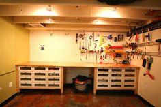 Garage workshop storage ideas - large and beautiful photos. Photo to select Garage workshop storage ideas Garage Workshop Organization, Workshop Storage, Garage Storage, Workshop Ideas, Wall Storage, Workshop Bench, Lego Storage, Garage Shop, Garage House