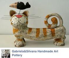 Billedresultat for mörtelmischung teller Pottery Animals, Ceramic Animals, Clay Animals, Ceramic Clay, Ceramic Pottery, Paper Mache Animals, Clay Cats, Best Dog Toys, Paper Mache Sculpture