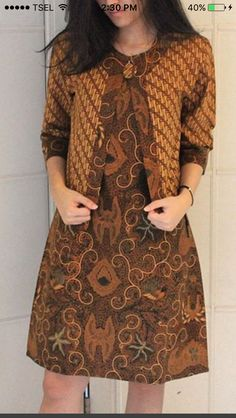 Blus 5 Batik Blazer, Blouse Batik, Batik Dress, Batik Kebaya, Kebaya Dress, Simple Dresses, Casual Dresses, Fashion Dresses, Kurta Designs