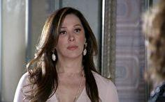 Lívia descobre que Morena foi intimada e fica possessa