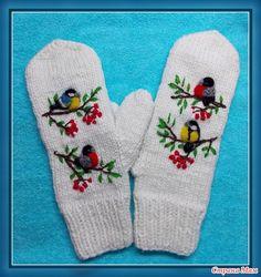 Закончила первые в этом году рукавички) Пряжа-полушерсть, рисунок -вышивка и валяние. А вот три месяца работы в одном фото) С Наступившим) Счастья и радости!