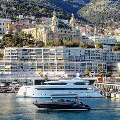 YACHT PROFILE - Shipyard #Bilginyacht - Yacht: 147.64ft(45m)  MY/Elada - Year Delivered:  2014 - Accommodations 12 - Cabins: 6 - Crew: 11 - Interior Designer: #H2YachtDesign - Exterior Designer#H2YachtDesign - Charter Yacht: NO - Charter Rate: NA per week Summer NA Winter  Expenses -  @carolfeith ---------------------------- #YachtingLifestyle365 #BestSuperyacht ---------------------------- #BestofYachting #YachtingLifestyle #Superyacht #InteriorDesign #YachtInterior #Design #Design…