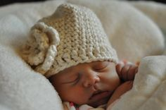 Crocheted baby hat - adorable!