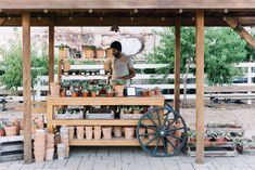 Check out what's new at the silos this year! From new food trucks, bathrooms and potting stations there's plenty to see at Magnolia Market! Potting Station, Joanne Gaines, Magnolia Table, Magnolia Market, Whats New, Trips, Home Decor, Viajes, Decoration Home