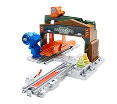Fisher Price - Thomas and Friends TrackMaster Sodor Steamworks Repair Station - Motorized Railway Train Track Playset Thomas And Friends Toys, Thomas Toys, Thomas The Train Tracks, Animated Halloween Props, Toys R Us Canada, Thomas The Tank, Toy Store, Fisher Price, Kids And Parenting