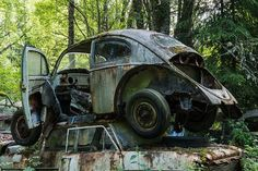 Abandoned Beetle in the Bastnas car graveyard