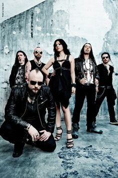 Lacuna Coil - An Italian heavy metal band.  They Kick Ass!!!