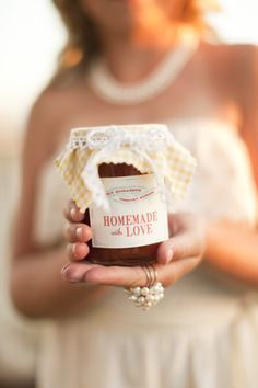 Jam as #Wedding #Favour (gift for guests) ♡ Your Complete Wedding Ceremony & Reception Guide ... for brides, grooms, parents & planners ♡ https://itunes.apple.com/us/app/the-gold-wedding-planner/id498112599?ls=1=8 ♡ Weddings by Colour ♡ http://www.pinterest.com/groomsandbrides/boards/