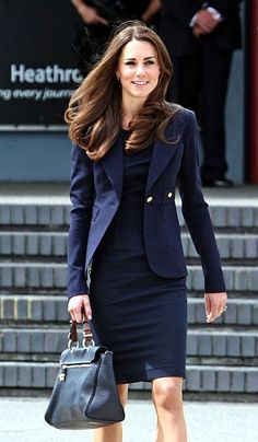 Cheap suit custom, Buy Quality suit football directly from China suit teenager Suppliers: 2015 New Princess Kate Middleton Kate Navy Blue Slim Women Suit FREESHIPPING Moda Kate Middleton, Style Kate Middleton, Business Outfit Frau, Business Attire, Business Fashion, Princess Kate, Princess Style, High Street Fashion, Estilo Real