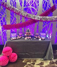 #Fantastic #disco #party #pink #silver #tassel #garland #honeycombs dessert table