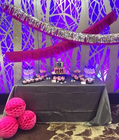 #Fantastic #disco #party #pink #silver #tassel #garland #honeycombs dessert table