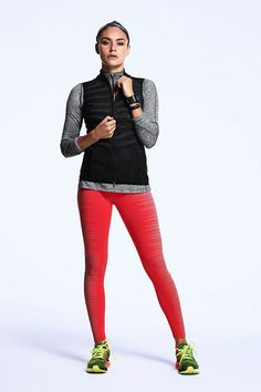 Keep warm, stay comfortable and conquer any early morning run. The Nike Aeroloft Vest, Dri-FIT Knit Half Zip Top, Flash Running Tights and Zoom Structure 18 Running Shoes.
