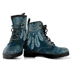 Protect the good vibes with these blue dream catcher boots from YesWeVibe. Our hippie vegan boots come in several different sizes for both men and women. Lace Up Boots, Knee Boots, Combat Boots, Diy Tie Dye Shirts, Purple Boots, Doc Martens Boots, Vegan Boots, Moon Boots, Witch Outfit