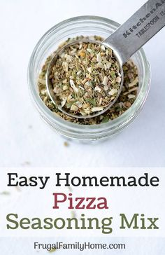Pizza Seasoning Mix Spice up your homemade pizza with this easy to make pizza seasoning mix. - Homemade Pizza Seasoning Mix ~ This recipe is an easy DIY recipe for pizza seasoning mix. It's simple to make at home and really jazzes up the flavor of pizza. Homemade Dry Mixes, Homemade Spice Blends, Easy Homemade Pizza, Homemade Spices, Homemade Seasonings, Spice Mixes, Homemade Italian Seasoning, Homemade Food, Recipe Mix