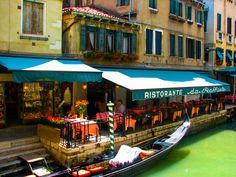 Lunch In Venice by chriswtaylor