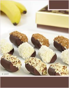 Chocolate Dipped Bananas with Mixed Toppings