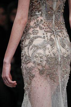 skaodi: Details from Alexander McQueen Fall 2016. London...