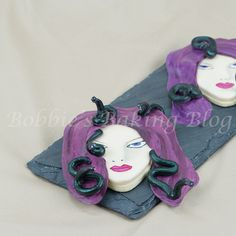 Medusa Hand Painted Sugar Cookie Tutorial