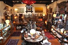 Jalan Jalan Imports is a unique Los Angeles boutique importer of solid stone carvings, petrified wood, teak furniture, indoor/outdoor design elements, hand-crafted furniture and many other unique treasures from Bali and the World.