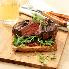 Steak-Toast