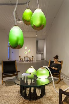 Microalgae-Powered Installation Sheds Light on Untapped Energy Resource - My Modern Met