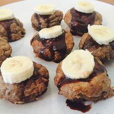 Weetabix Muffins (with choc shot!) — Slimming World Survival Recipes Tips Syns Extra Easy Slimming World Deserts, Slimming World Breakfast, Slimming World Recipes Syn Free, Slimming World Diet, Slimming World Cookies, Slimming Workd, Weetabix Muffins, Weetabix Cake, Choc Muffins