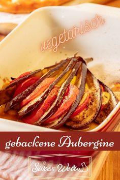 Gebackene Aubergine ist eine leckere vegetarische Beilage zum Grillen, BBQ oder einfach mal zu einer Antipasti. Sie ist schnell hergestellt und der Duft aus dem Backofen ist unvergleichlich. Dieser Gruß aus dem Süden ist super lecker. Bestimmt auch etwas für Dich. Schau Dir das Rezept an. #Silkeswelt #Grillbeilage #Ofengemüse