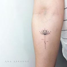 (notitle) - Tattoos - dotwork, mandala and other likes - Tatuagem Mini Tattoos, Trendy Tattoos, Foot Tattoos, Flower Tattoos, Body Art Tattoos, Small Tattoos, Tatoos, Small Lotus Tattoo, Unalome Tattoo
