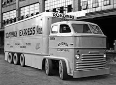 WEBSTA @ - EISENHAUER C.E Truck of Ohio. Powered by 2 GM engines mounted on top of each other driving the first and third axles, Axles 2 and 5 were steered. Big Rig Trucks, Semi Trucks, Cool Trucks, Pickup Trucks, Cool Cars, Dodge Trucks, Chevrolet Trucks, Chevrolet Impala, Lifted Trucks