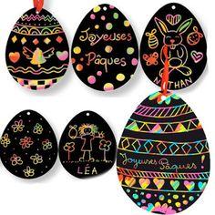 Crayon egg art w/ribbon