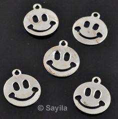 www.sayila.fr - Pendentif/breloque de métal circulaire, très mince smiley ± 6x5mm