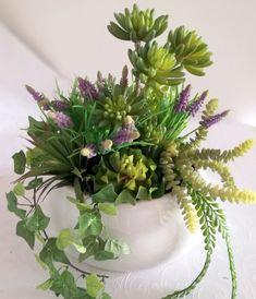 Gumowe sukulenty w dużej, białej  misie nr. 171 Table Decorations, Plants, Plant, Dinner Table Decorations, Planets
