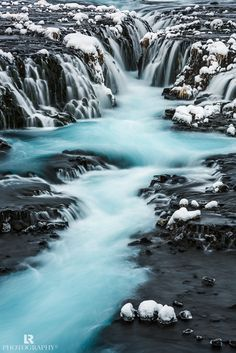 Brúarfoss is one of those icelandic hidden gem that if you don't get any help to find them you will simply not find, especially in winter with 30 cm of fresh snow … I was lucky enough to get that help (thank you Arnar!) and finally find it but even with that help it wasn't easy.