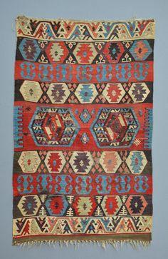 Antique 1850 Ottoman East Anatolian Konya Kilim Rug Carpet Cochineal Dye No Re Textiles, Textile Patterns, Print Patterns, Turkish Kilim Rugs, Persian Rug, Magic Carpet, Ottomans, Tribal Rug, Oriental Rug