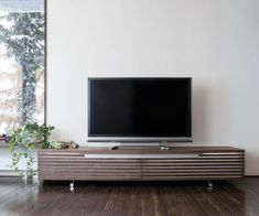 Tosai Kunden Lowboard Massivholz House, Flat Screen, Bungalow, Flatscreen Tv