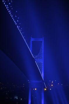Istanbul, Bridge Superstar by Bernardo Ricci Armani