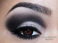 Simple Black and White Smokey Eye http://www.makeupbee.com/look_Simple-Black-and-White-Smokey-Eye_34827