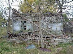 Aiken has a deep love of the outdoors. When he came across this dilapidated cabin, he saw treasure where others saw trash.