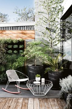 Boho Patio :: Backyard Gardens :: Courtyard + Terraces :: Outdoor Living Space :: Dream Home :: Decor + Design :: Free your Wild :: Bohemian Home Style Ideas + Inspiration Outdoor Rooms, Outdoor Gardens, Outdoor Living, Outdoor Decor, Outdoor Kitchens, Patio Design, Exterior Design, Garden Design, Terrace Design