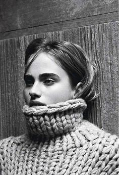 High-neck thick knit sweater
