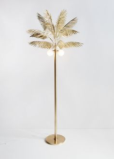 DECO Palmyra lamp by Moving Mountains Gold Lamps, Interior Inspiration, Design Inspiration, Creative Inspiration, Interior Design Minimalist, Modern Interior, American Interior, Deco Luminaire, Mid Century Modern