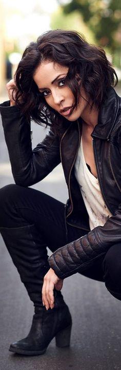 Emmanuelle Vaugier, Leather Jacket, Actresses, Celebrities, People, Jackets, Beauty, Women, Fashion