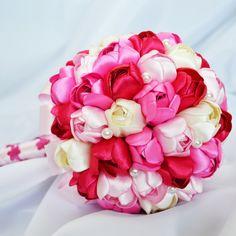 Ružová tulipánová kytica zo saténových stúh