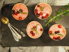 Napue Cranberry Gin & Tonic mousse