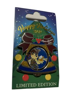 Pirate Mickey Mouse Disney Caribbean Beach Resort Holiday Bell Pin LE 1,250 | eBay Caribbean Beach Resort, Beach Resorts, Mickey Mouse Pins, Christmas Characters, Pirates Of The Caribbean, Disney Pins, Happy Holidays, Handmade, Ebay