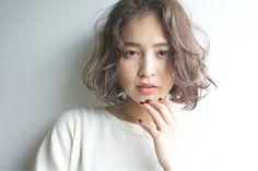 髪の長さは関係なし♡短い髪を女性らしく見せるアレンジ術 - Locari(ロカリ)