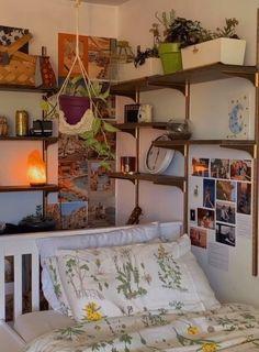 Indie Room Decor, Aesthetic Room Decor, Indie Dorm Room, Indie Living Room, Room Ideas Bedroom, Bedroom Decor, Bedroom Inspo, Pretty Room, Cozy Room